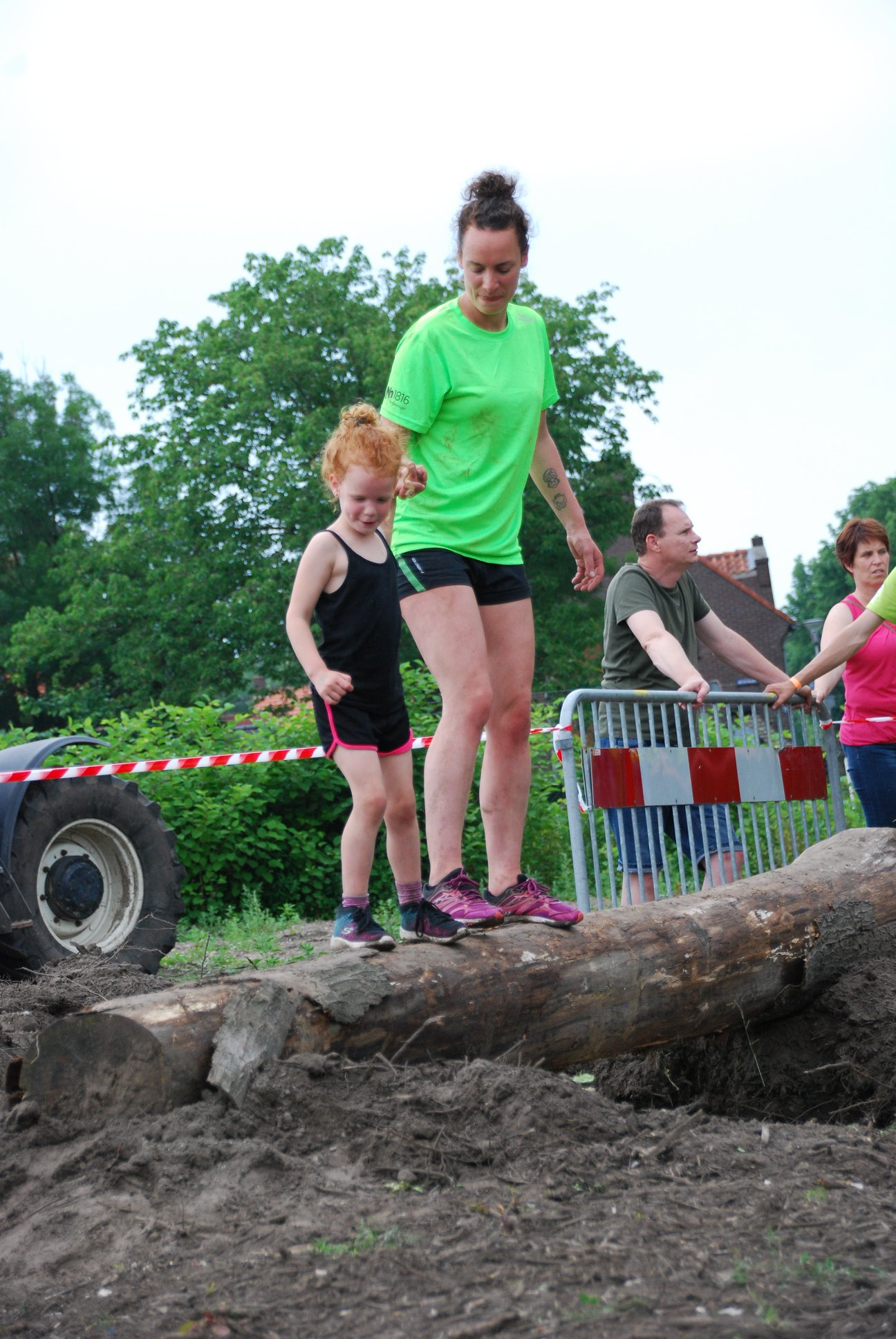 sfeerimpressie Roche Obstacle Run